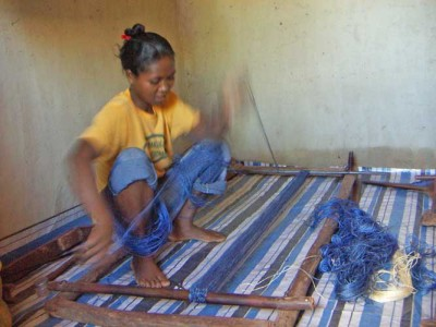 10_sisal_preparing_weaving